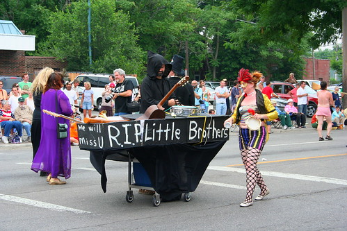 Doo Dah Parade: R.I.P. Little Brothers