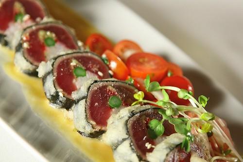 Ahi Tuna Roll