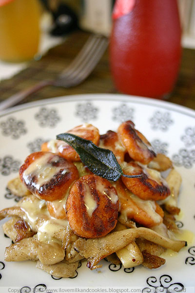 Pan Fried Potato Gnocchi With Mushrooms and Gorgonzola Sauce