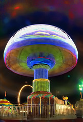 like a mushroom (JoelDeluxe) Tags: carnival newmexico amusement interestingness expo statefair rides nm joeldeluxe midway hdr 202 3xp newmexicostatefair nmexpo highestposition2onmondayseptember242007