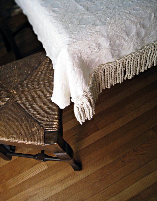 DIY holiday tablecloth