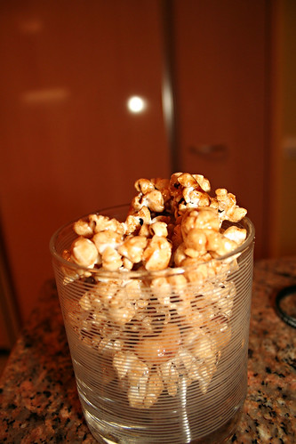 spicy & sweet caramel popcorn