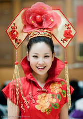 Chinese folk singer (Jrme Pierson) Tags: china red portrait woman flower girl beauty smile face rouge mujer artist sony femme chinese beijing cctv dancer portraiture singer jolie    backstage guapa sourire cina chine visage  chinoise artiste  chanteuse  coulisses  danseuse  a900 traditionnal platinumheartaward