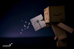 Huuuuuuuu~ (achew *Bokehmon*) Tags: light white anime flower paper toy amazon box sony fake blow dandelion draw alpha figurine lowkey strobe danbo a850 danboard