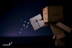 Huuuuuuuu~ (achew *Bokehmon*) Tags: light white anime flower paper toy amazon box sony fake blow dandelion draw alpha figurine lowkey strobe danbo a850 danboard