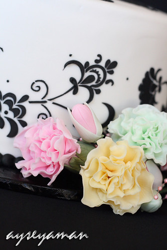 Black White Carnation Cakes