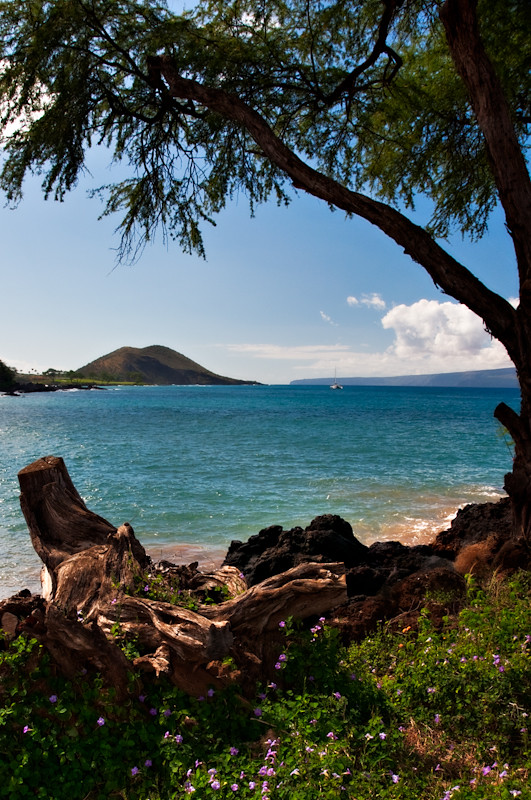 Makena Beach, Maui in HDR