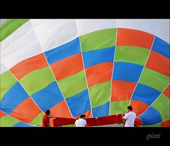 fart around (gicol) Tags: colore br hotairballoon puglia preparation mongolfiera pallone volare apulia inflating preparazione gonfiare torresangennaro torchiarolo theauthorsclub