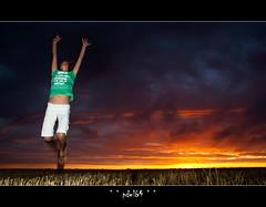 Explosion ! (pdel64@photography) Tags: sunset sky orange cloud sun color soleil jump skies phil indre flash coucher ciel tess nuage couleur saut delobel pdel palluau philippedelobel