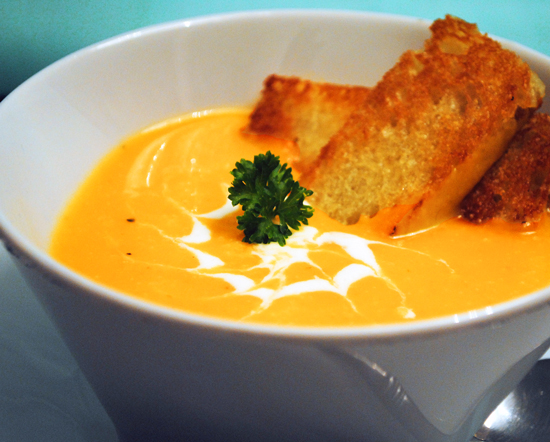 Roasted Butternut Squash Soup | Duhlicious