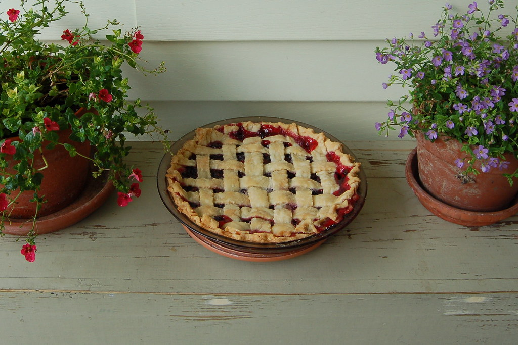 4th of July tradition - raspberry pie