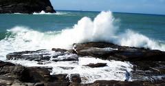 Breaking the Waves (Tessa Colauto) Tags: brazil riodejaneiro buzios skylar búzios 2007 heretique praiadafoca tessacolauto