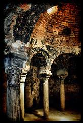 Baos Arabes (AColaso) Tags: espaa angel canon de mallorca palma islas baleares arcos baos columnas rabes 400d acolaso colaso