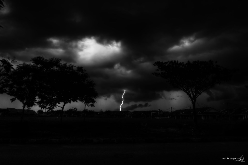 Ride the Lightning! (by Sir Mart Outdoorgraphy™)