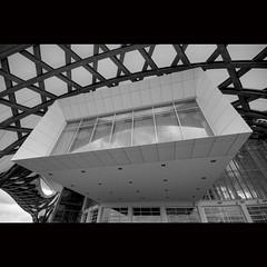 Centre Pompidou Metz (Hans van Reenen) Tags: bw france museum architecture centrepompidou metz shigeruban s5pro centrepompidoumetz jeandegastines 20100530 centrepompidoumuseum