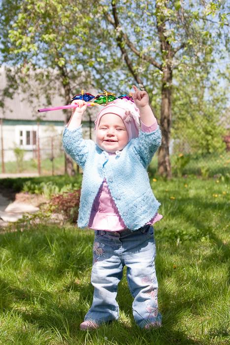 Детская фотосессия  на даче. Олюшка