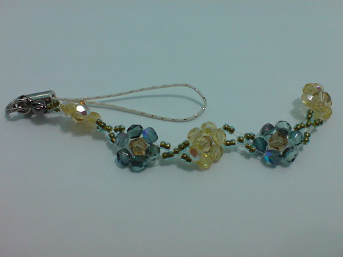 Beaded handphone strap