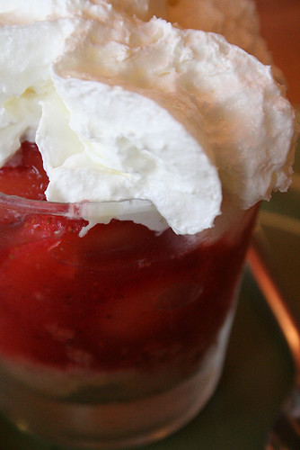 strawberry cheesecake dessert shooter
