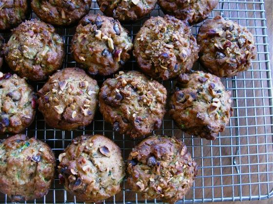 zucchini muffins 003