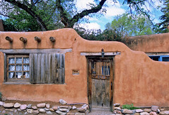 Adobe Home: Canyon Road & Delgado Street: Santa Fe, New Mexico (NM) (Floyd Muad'Dib) Tags: road santa street new houses homes usa house newmexico santafe southwest home america geotagged mexico us unitedstates united north canyon adobe american northamerica states fe nm northern americanwest santafenewmexico delgado canyonroad delgadostreet santafenm olddoors westernusa northernnewmexico adobehouse northernnm adobehouses adobehomes adobehome santafehouse santafehome santafehouses santafehomes historicadobe