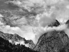Zugspitze (Piquet (contrastimages.co.uk)) Tags: snow mountains germany bavaria garmischpartenkirchen bayerische zugspitze mittenwald top20bavaria top20bavaria20 schneefernerhausbavaria