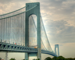 Gateway to New York City (_Robert C_) Tags: nyc bridge usa d50 suspension statenisland soe hdr narrows verrazanonarrowsbridge verrazano photomatix tonemapping ftwadsworth shieldofexcellence betterthangood robertcatalano