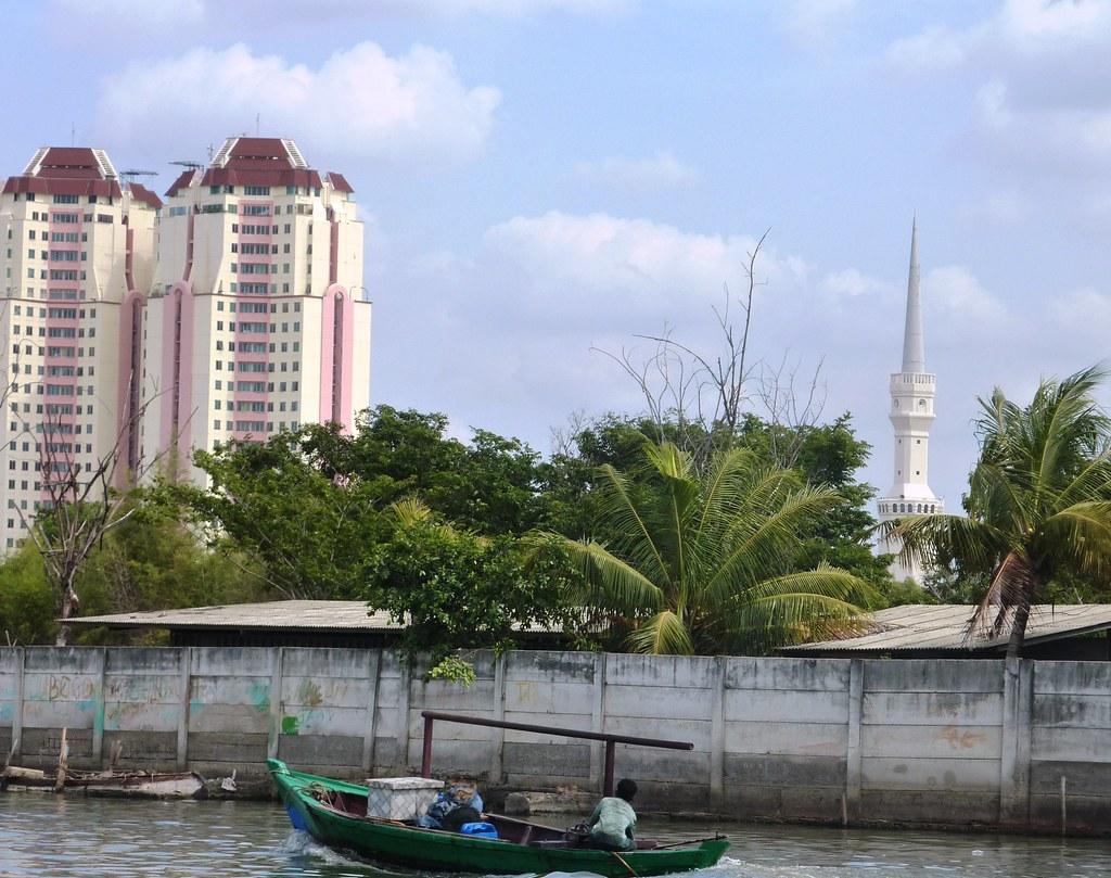 Java-Jakarta (126)