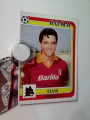 Elvis plays for A.S. Roma (Smeerch) Tags: rome roma wearing shop sticker soccer stickers elvis wear negozio lives sanlorenzo wears figurine futbol panini elvislives calcio magica fussbol asroma elvisvive viadeivolsci figurina