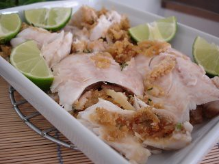 Salt-baked fish stuffed with onion farofa