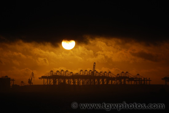 sunrise_shanghai_port_03