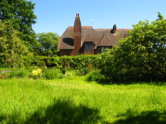 Red House, seen from the Garden (Laura Nolte) Tags: summer england house building london architecture garden redhouse nationaltrust southlondon williammorris artsandcrafts bexleyheath