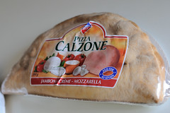 Leader Price Pizza Calzone Jambon Crme Mozzarella (Goldelie) Tags: cheese ham pizza queijo fromage mozzarella calzone jambon leaderprice crme presunto