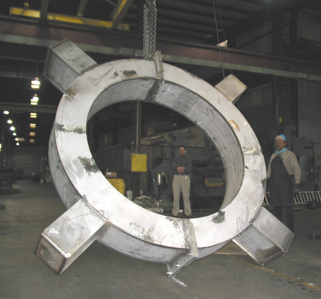 58 Large Diameter Floating Rings for a Refinery in Saudi Arabia