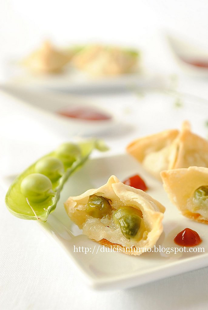 Fagottini con Piselli e  Crema di Patate-Parcels with Potato Cream and Peas