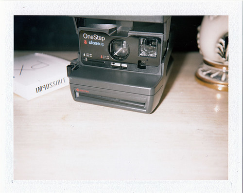 Polaroid 600 OneStep CloseUp Camera