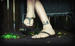 Jeweled Feet (Kerrie Lynn Photography (Sugaree_GD)) Tags: brown green feet tattoo foot toes toe sandals views barefoot flipflops barefeet ankle 700 candies toenails jeweled size10 sugareegd nicholevanvignette