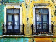 Beautiful decay (Graa Vargas) Tags: portugal window decay explore algarve tavira decadence interestingness140 interestingness379 i500 graavargas duetos janelasportuguesas 2007graavargasallrightsreserved 114687060111