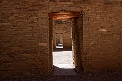 Which way to go? (redspub) Tags: newmexico ruins tokina filter chacocanyon 1224mm pueblobonito bwcpl