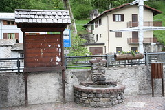 2 Giugno 2010 - Tra Morbegno e Gerola Alta (SO) - Valtellina (njio) Tags: fiume neve montagna bosco valtellina morbegno foresta sondrio torrente gerolaalta