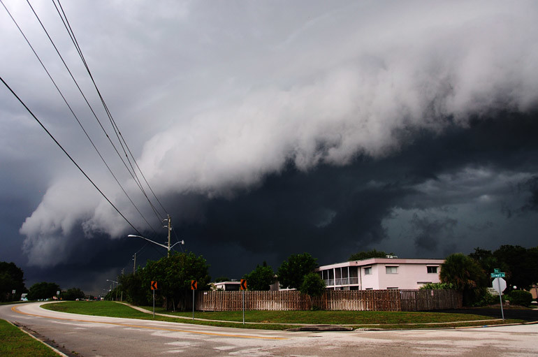 web_shelfcloudroad_parkwaystorm_0015_2739