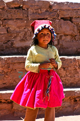 Isla Taquile | Lago Titikaka, Peru (Pola Damonte) Tags: trip travel portrait people color peru titicaca boys america canon children lens lago photo colorful child gente zoom retrato pablo nios nia viajes latina titikaka lente 75300 taquile pola saturado peruvian puno peruano colorido nenes porttrait damonte