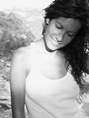You move me (Sator Arepo) Tags: summer portrait bw white black smile hair retrato teeth tshirt panasonic verano highkey sonrisa camiseta tarragona cabello tz1 rrw flickrenvy revolutionofrealwomen chercherlafemme