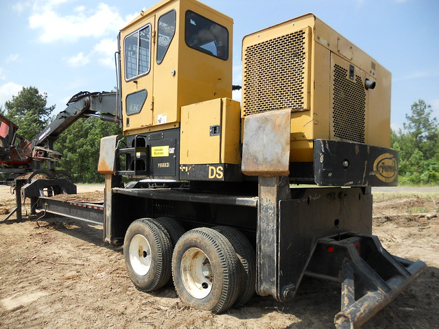 2007 CAT 575DS Knuckleboom Loader For Sale 03 by Jesse Sewell