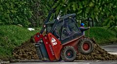 Gőzerő (Utazz) Tags: budapest duna telefon 2010 árvíz római teljesítmény munkás munkagép levegőben védekezés