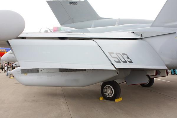 EAA10_EA-18G_20
