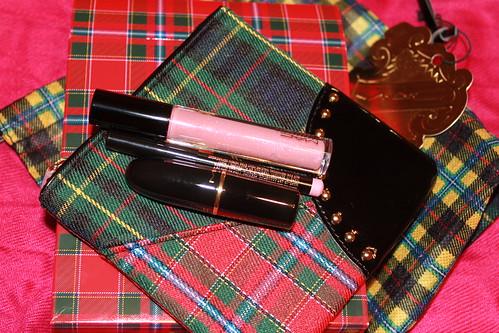 MAC A Tartan Tale Collection: Vain & Glorious Lip Bag