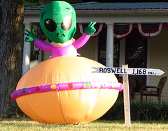 Inflatable Alien sighting in Franklin, Tn