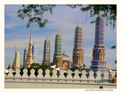 Bangkok, in This Way (Araleya) Tags: thailand temple fz20 pagoda asia southeastasia bangkok buddhist religion perspectives buddhism landmark panasonic historical wat oldcity phrakaew krungthep emeraldbuddhatemple royaltemple araleya leicadigital