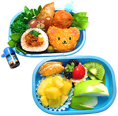Bear bento 9-24-07 (pkoceres) Tags: bear blue apple japan germany lunch strawberry cookie blackberry cucumber cream almond broccoli vegetable sandwich whippedcream pork biscuit honey pineapple onigiri carrot bento kiwi bobbin tart petits gyoza pickle meatball spinach  snowpea  tupelo phyllo kimbap clicketyclick  cremefilled icookedthis  lubesheep   charaben tekrum beinenstitch