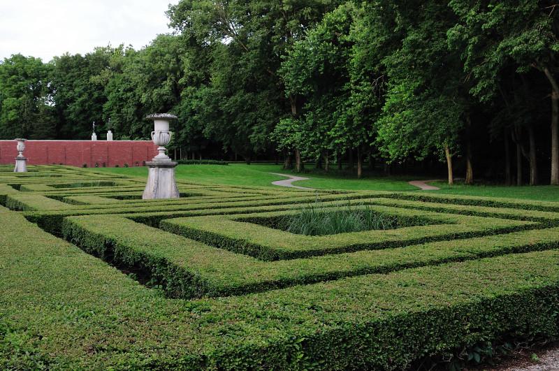 Maze or Parterre